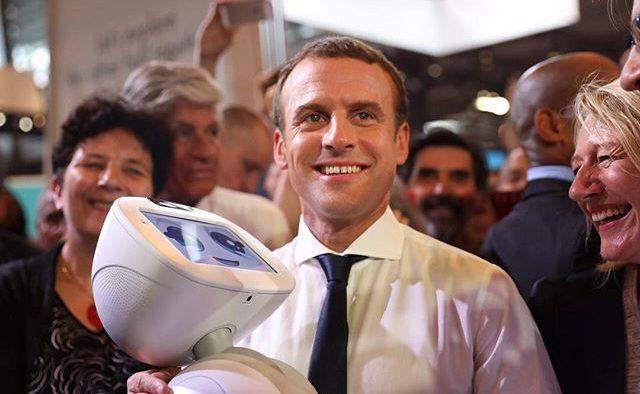 Un adevărat manager la şefia ţării: Macron conduce Franţa ca un CEO exigent, dar care insuflă spiritul de echipă