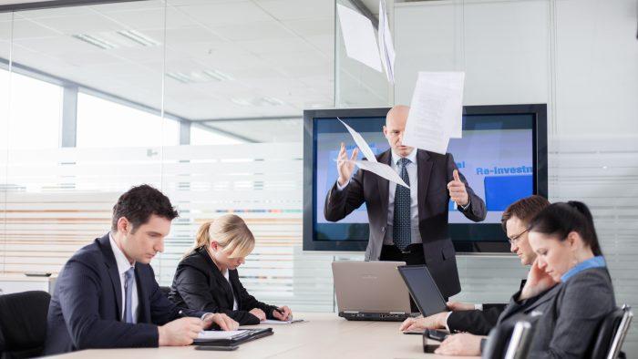 Cum se împiedică managerii străini în munca românească
