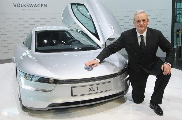 Cu cine va fi înlocuit CEO-ul Volkswagen