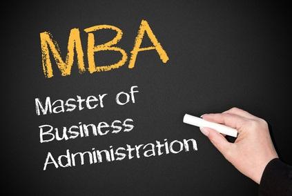 Cât investesc românii în programe MBA și EMBA