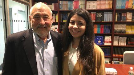 Povestea româncei care studiază la Columbia University cu un laureat Nobel pentru economie