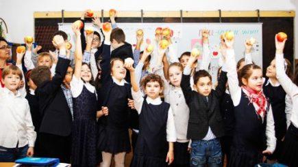 Copiii din clasele 0-IV vor învăța la școală ce înseamnă alimentația sănătoasă