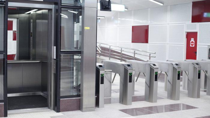 Staţia de metrou Unirii 1 s-a redeschis, cu o zi mai devreme decât era planificat