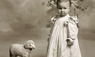 Vasilca şi douăsprezece boabe de struguri. Tradițiile noului an