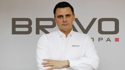 Povestea antreprenorului român care a cucerit Vestul cu țigla metalică