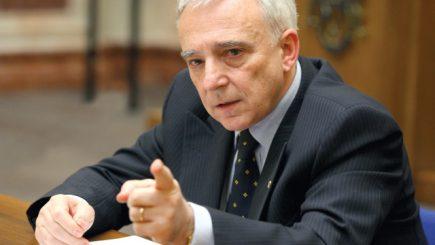 Legea conversiei creditelor in franci a fost adoptată. Părerea lui Mugur Isărescu