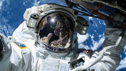O zi din viața unui muncitor pe Stația Spațială Internațională