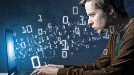 """""""Suntem transparenţi""""…Pregătiri pentru noua lege a protecţiei online a vieţii private"""