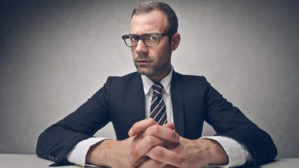 Ce întrebări folosesc antreprenorii de top la interviul de angajare