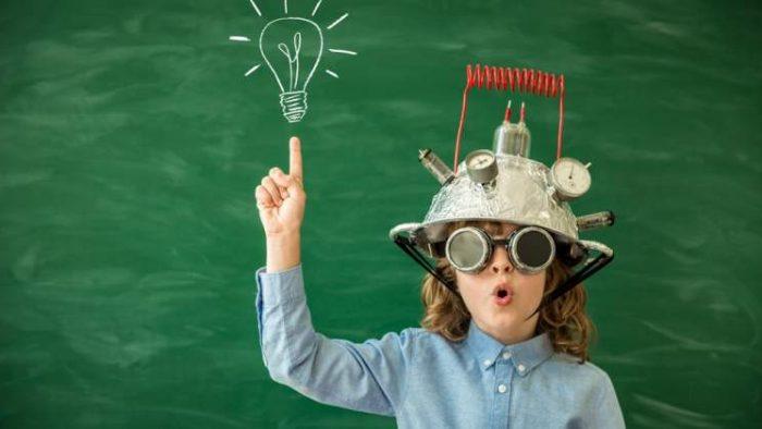 Ce trebuie să ne învățăm copiii astăzi pentru joburile de mâine