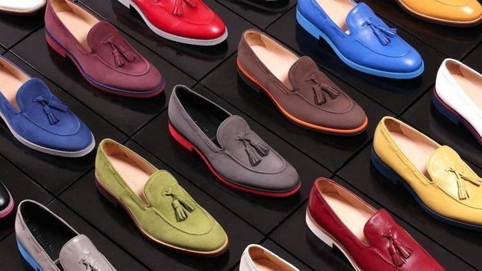 Celebrii pantofi italieneşti sunt, de fapt, produşi de românce
