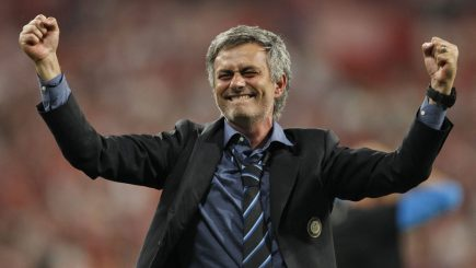 Povestea lui Jose Mourinho – de la fotbalistul submediocru la cel mai carismatic lider din sportul mondial