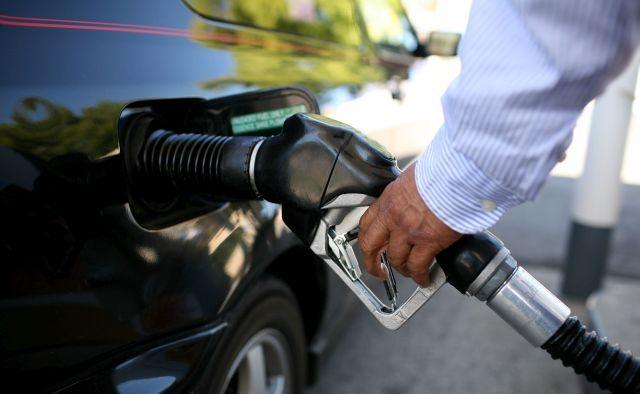 De ce s-a întors preţul carburanţilor în 2010