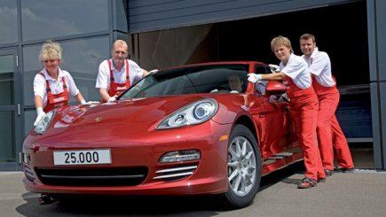 Angajaţii Porsche se află în vizorul justiţiei germane