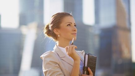 Femeile, la putere? Nu atât de mult pe cât ar trebui: Antreprenoriatul feminin poate fi asul din mânecă