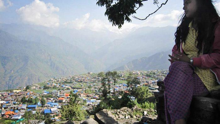 VIDEO. În Nepal, fericirea se scrie altfel. Povestea uimitioare a Rajitei Thapa