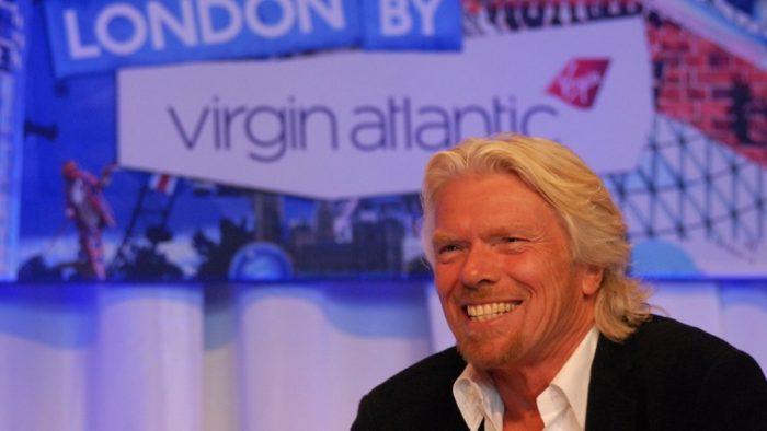 Richard Branson, de la elevul care a abandonat şcoala la 15 ani, la miliardarul excentric de azi