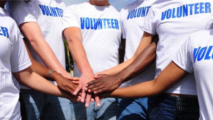 Ești creativ? Vrei și iți place să faci voluntariat?