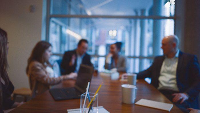 Finanţele cumpără servicii de recrutare pentru a selecta administratori la Eximbank, Imprimerie, FNGCIMM şi FRC