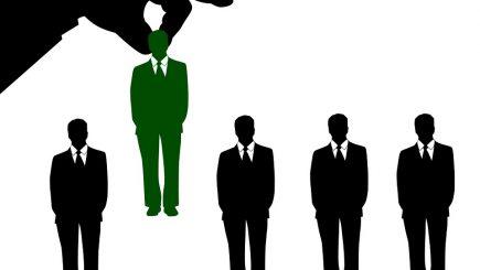 Marile companii recunosc: peste jumătate dintre ele fac recrutări pe bază de recomandări. Care sunt beneficiile