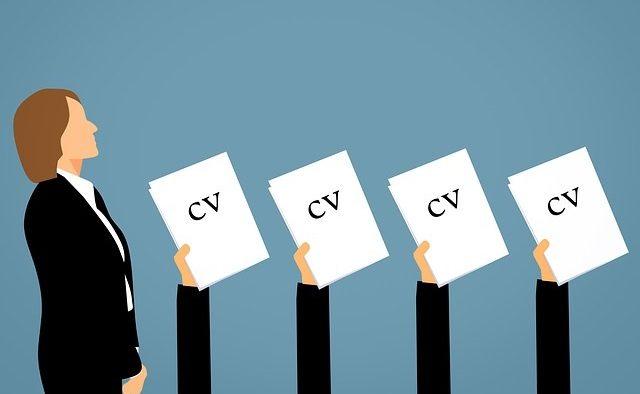Studiu: Perspectivele de angajare scad, angajatorii reduc ritmul recrutărilor