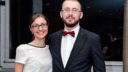 Businessul care ajută tinerii români cu studii în străinătate să lucreze în România