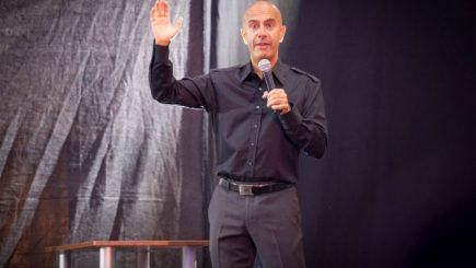 Robin Sharma: Nimeni nu va crede în tine, dacă nu o faci tu însuţi