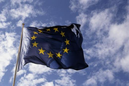 Cresc salariile funcţionarilor europeni