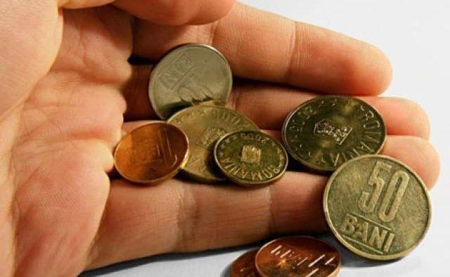 Investitorii străini recomandă creșterea treptată a salariului minim în România