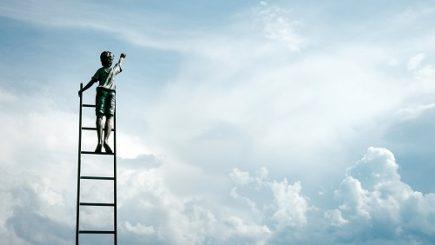 Cei 3 factori de care fiecare lider trebuie să ţină cont pentru ca angajaţii să muncească cu drag şi spor