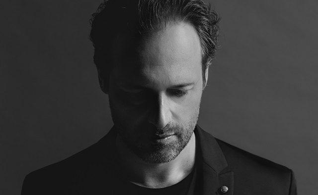 Dirijorul vienez Sascha Goetzel închide stagiunea de concerte de la Sala Radio