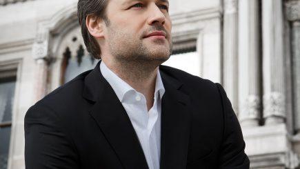 Simfonia fantastică sub bagheta dirijorului vienez Sascha Goetzel, la Sala Radio