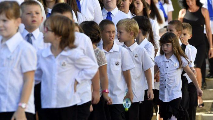Școli de weekend pentru etnicii maghiari din străinătate