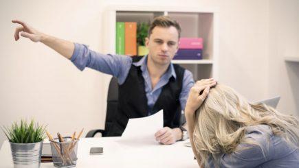 Șeful tău nu te place? Ai șanse mari să fii dat afară!