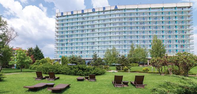 Succes de marketing? Povestea hotelului de pe malul Mării Negre, care a făcut istorie