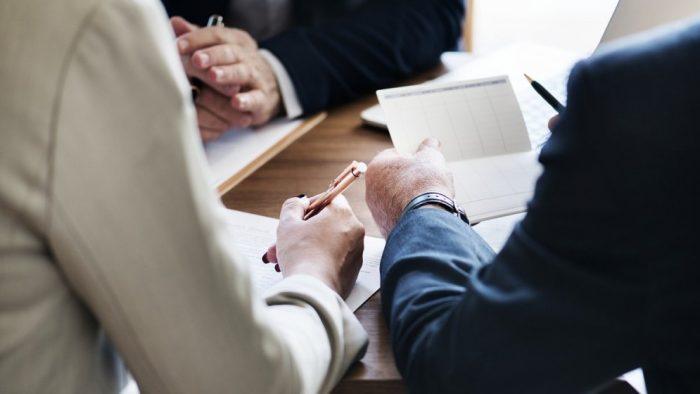 3 situații în care nu te-ai gândi că soluția pentru echipa ta este abilitatea de a negocia