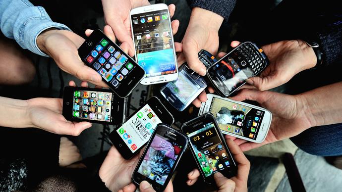 Cel mai vândut smartphone al anului. Ce spun studiile de piață