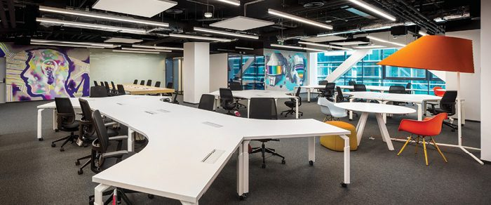 Etajul digital, biroul adaptat nevoilor angajaților