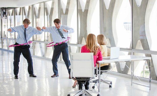 Cum să faceți mișcare la locul de muncă: mai multă energie la serviciu