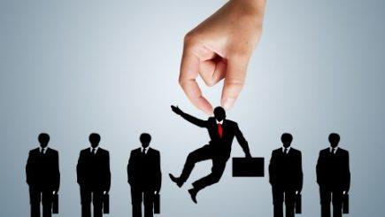 De ce nu atragi cei mai buni angajați. O problemă pe termen lung cu soluții imediate