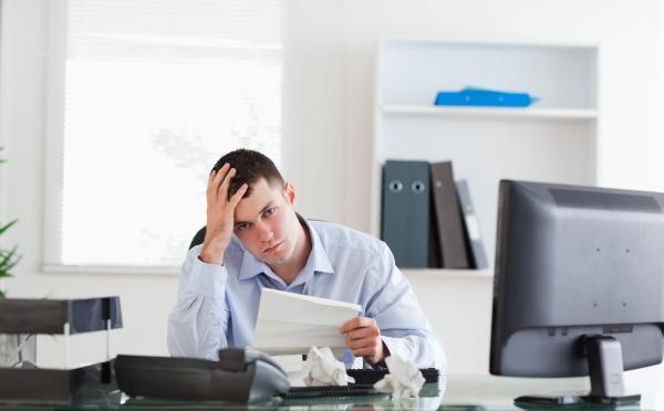 Insecuritatea sau reorganizarea locului de muncă - cauză a stresului legat de muncă