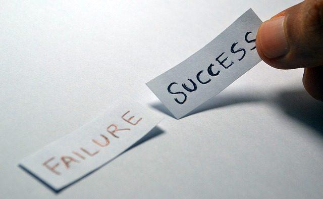 """""""Cum să eșuezi la aproape orice și totuși să câștigi la scară mare"""" de Scott Adams"""