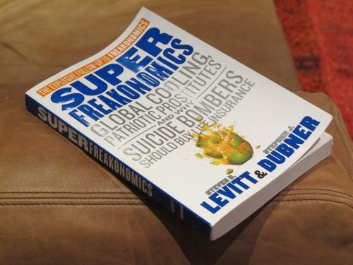 Superfreakonomics – cartea care a isterizat întreaga planetă