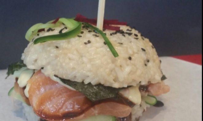 Sushi burger, un nou deliciu gastronomic lansat de Aria Gourmet Burger