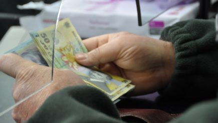 Guvernul a prelungit termenul pentru plata impozitelor pentru case și mașini