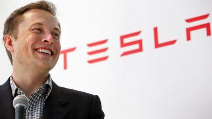 Elon Musk: Apple este cimitirul Tesla