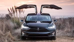 Tesla va plăti 7.700 de dolari fiecărui client din Norvegia!