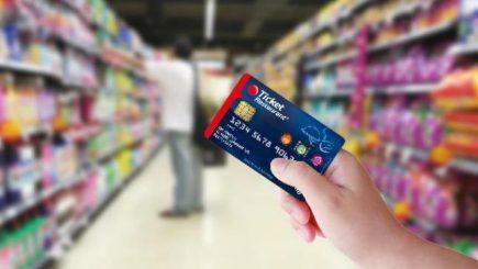 Lidl şi Kaufland singurele supermarketuri care nu au introdus tichetele de masă electronice