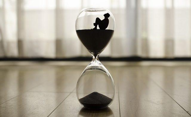 Procrastinarea daunează grav productivităţii: Ce să faci dacă amâni şi tot amâni...