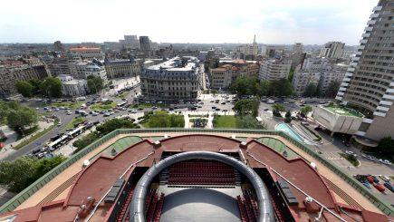 Pe acoperișul Teatrului Național București: AMFITEATRU – un mod de viață și spectacol!